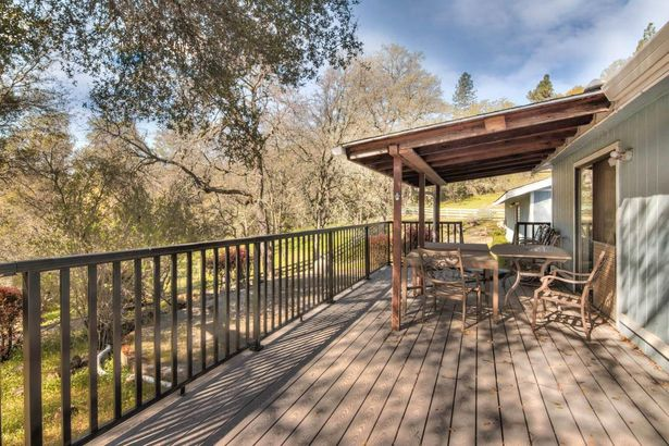 2932 High Country Court