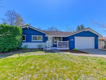 2952 Camino Heights Drive, Camino, CA, 95709,