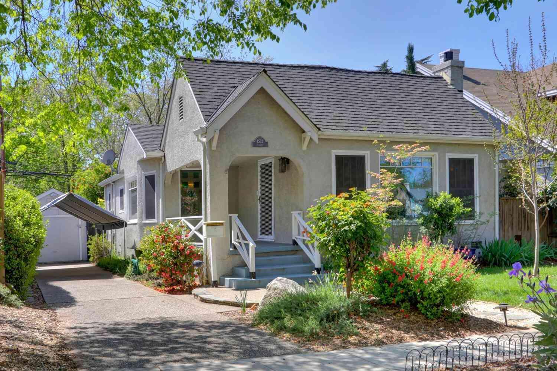 4532 T Street, Sacramento, CA, 95819,