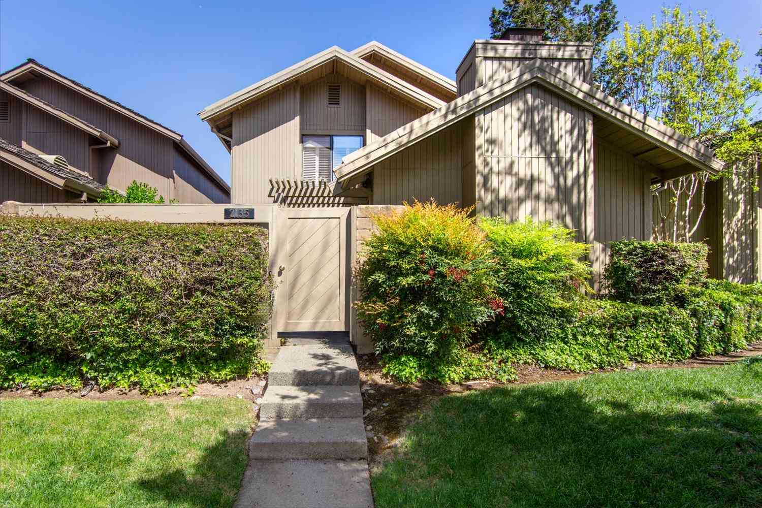 2135 Promontory Point Lane, Gold River, CA, 95670,