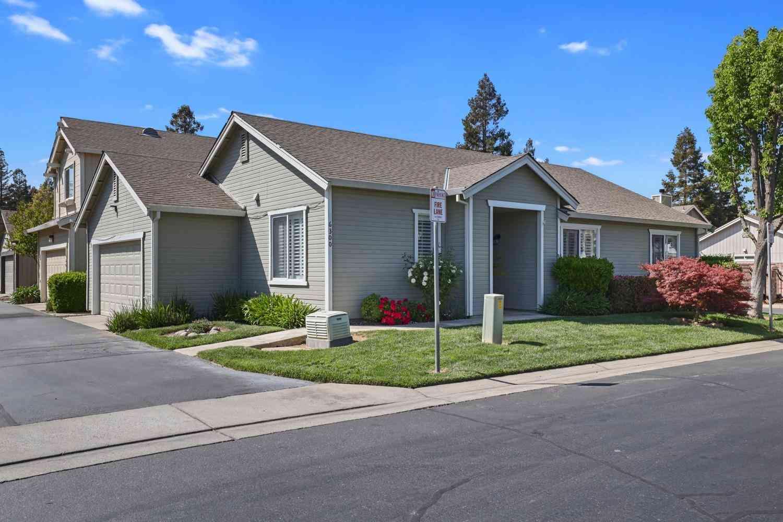6300 Laguna Mirage Lane, Elk Grove, CA, 95758,