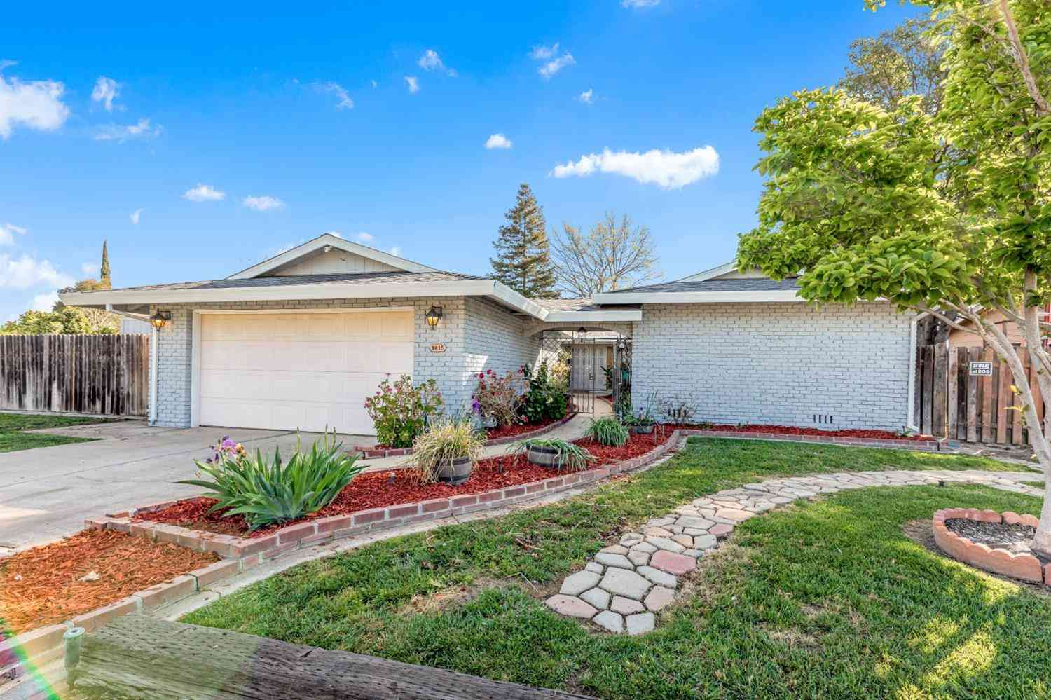 8015 Maybelline Way, Sacramento, CA, 95823,