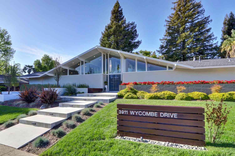 3911 Wycombe Drive, Sacramento, CA, 95864,