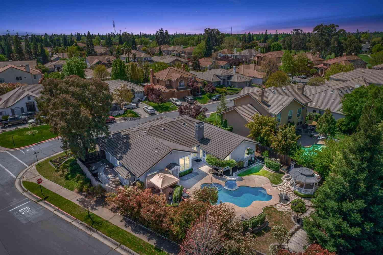 2031 Blackheath Lane, Roseville, CA, 95678,