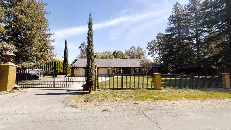 4810 Tunis Road, Sacramento, CA, 95835,