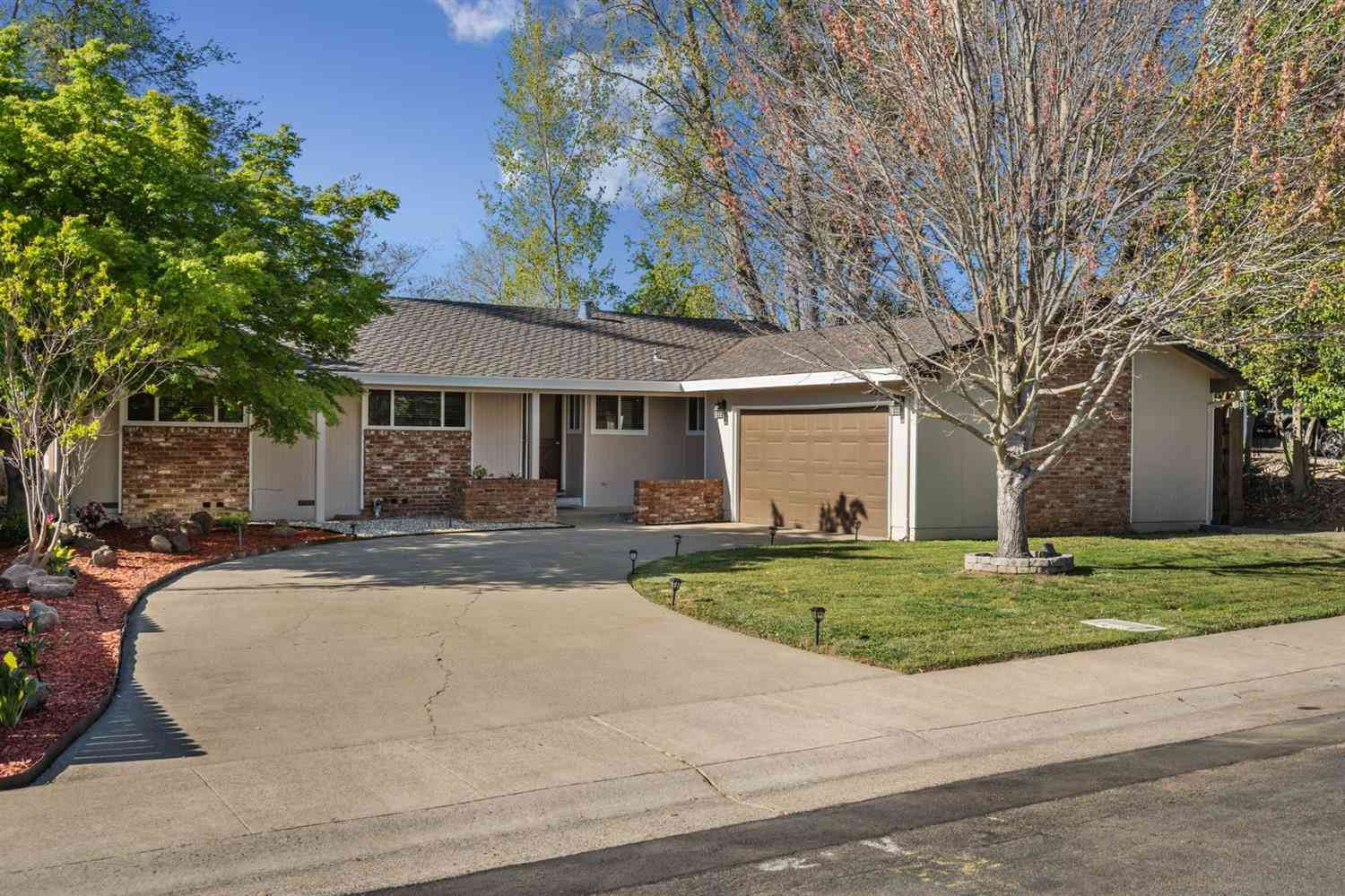 6292 Surfside Way, Sacramento, CA, 95831,