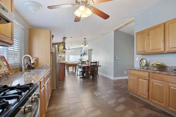 11550 S Harland Road #15