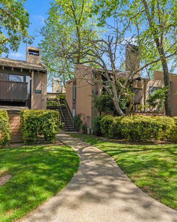 877 Woodside Lane East #12 Sacramento, CA, 95825