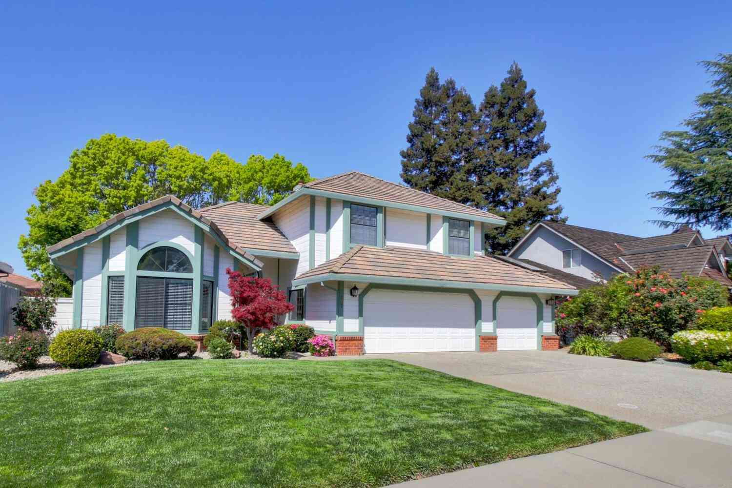 567 Rivergate Way, Sacramento, CA, 95831,