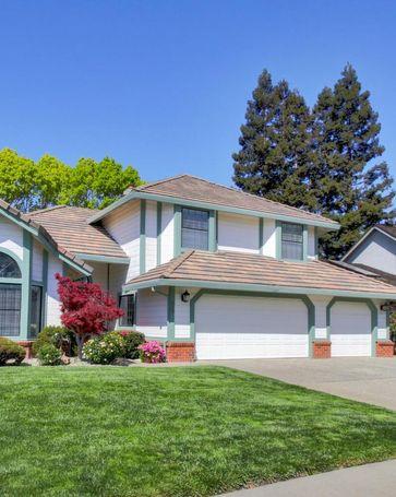567 Rivergate Way Sacramento, CA, 95831