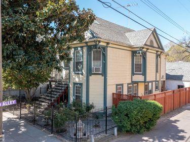 2016 9th Street, Sacramento, CA, 95818,