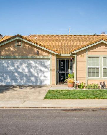 537 Navarre Place Modesto, CA, 95354