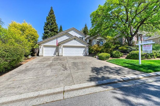 2227 Rookery Place