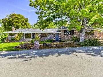301 James Drive, Roseville, CA, 95678,