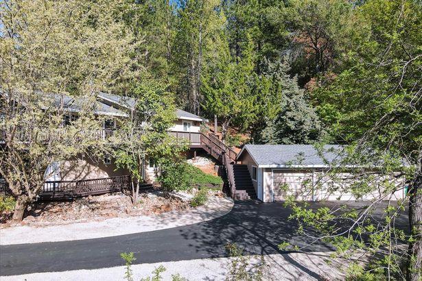 10348 Quail Creek Road