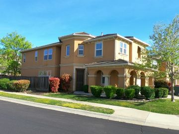 2712 Heirloom Way, Roseville, CA, 95747,