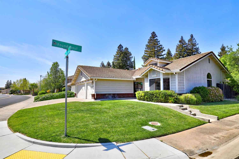 8614 W Camden Drive, Elk Grove, CA, 95624,