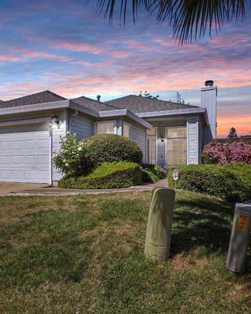 6655 Laguna Park Drive Elk Grove, CA, 95758