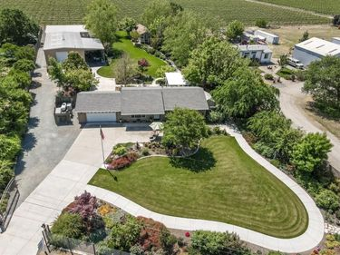 3160 E Woodson Road, Acampo, CA, 95220,