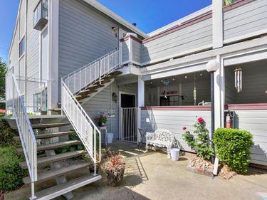 7405 Auburn Oaks Court #L, Citrus Heights, CA, 95621,