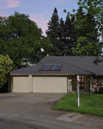 9 Down River Court Sacramento, CA, 95831