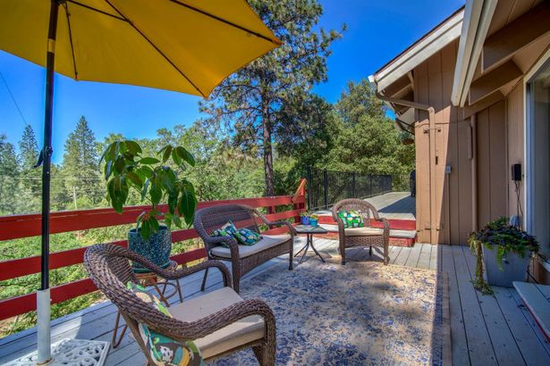 2592 Sweetwater Trail