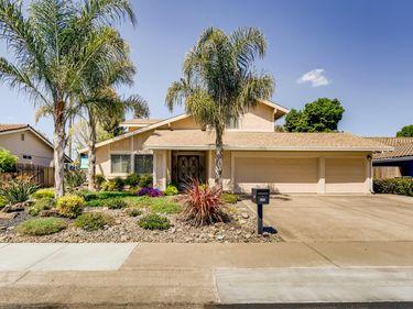 371 Rivertree Way, Sacramento, CA, 95831,