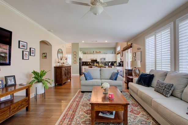 3933 Bay View Court