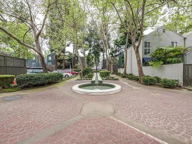 1614 11th Street #2, Sacramento, CA, 95814,
