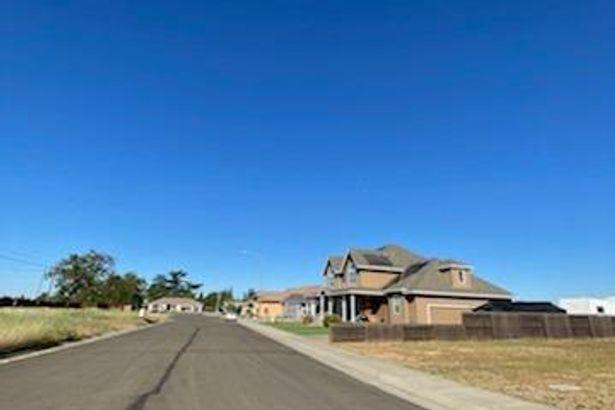 14537 Mira Vista Lane
