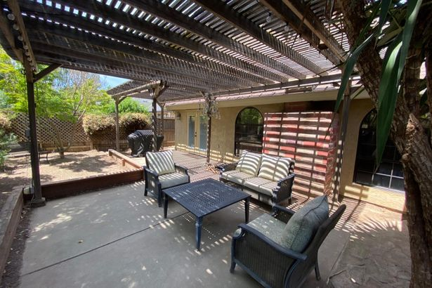 2724 Madrone Drive