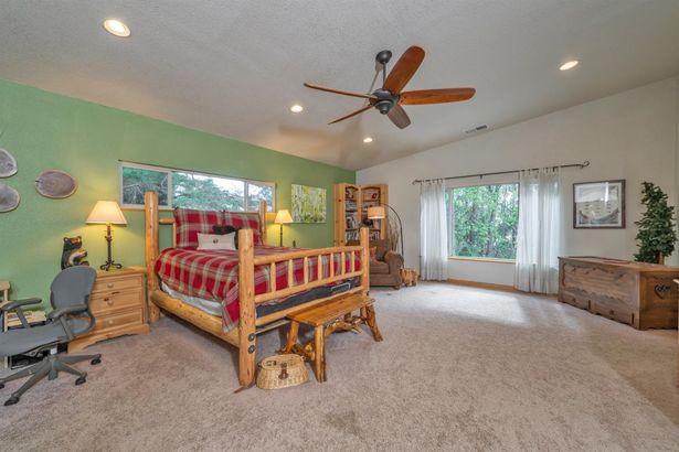 9340 Mosquito Road