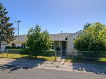 4611 Attawa Avenue, Sacramento, CA, 95822,