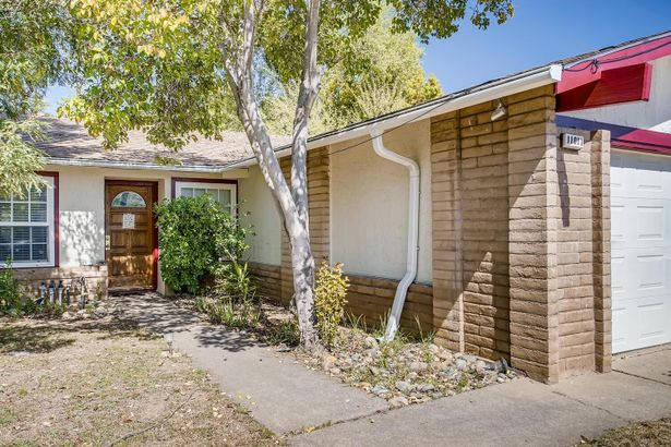 11011 Rainbow River Court