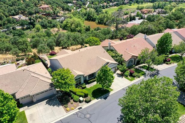 3736 Coldwater Drive