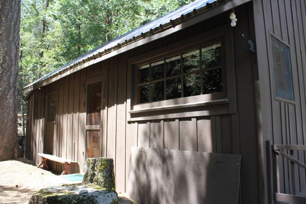 1 Cabin 1 at 34 Mile Stone Tract