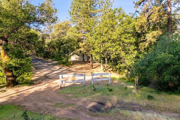 2180 Double O Mine Trail