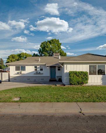 302 Meadow Way Wheatland, CA, 95692