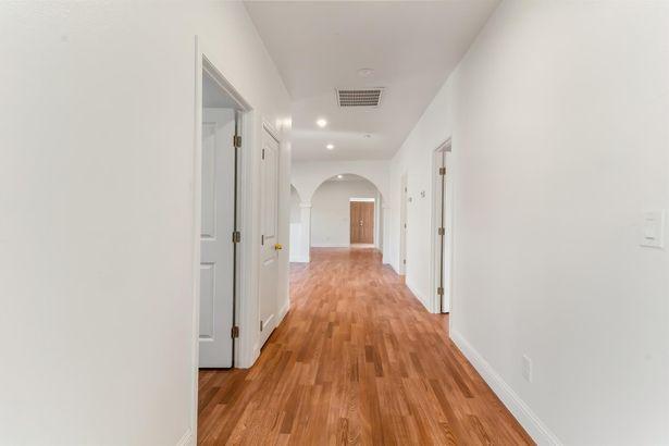 311 E Pine Street