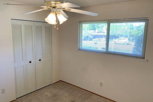 7907 Garry Oak Drive