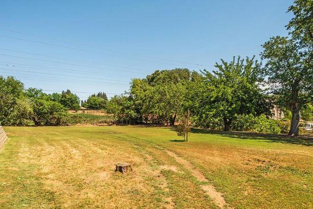 8525 Pheasant Ridge Lane