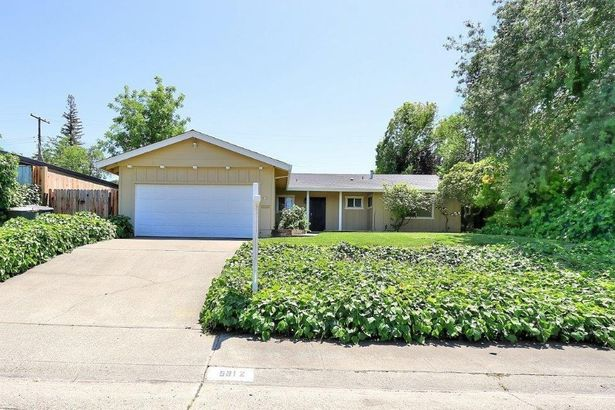 5612 WOODFOREST Drive