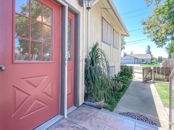238 Robert Avenue, Ripon, CA, 95366,