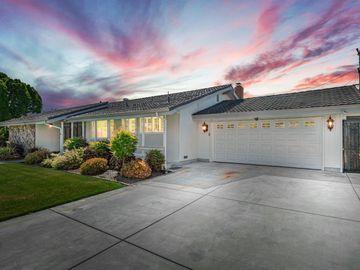 8 W Robinhood Drive, Stockton, CA, 95207,