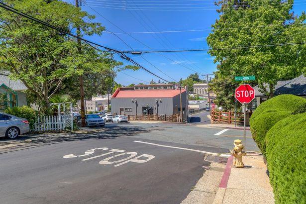 175 Hillmont Avenue