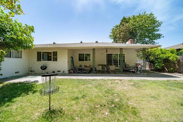 6871 Havenhurst Drive