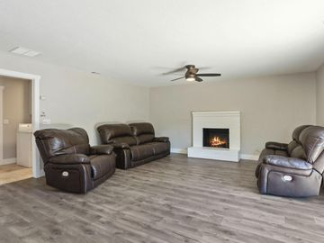 9865 Country Meadow Drive, Stockton, CA, 95209,