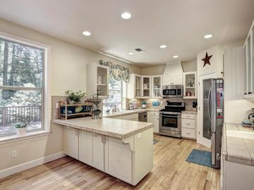 5800 Timberland Drive, Foresthill, CA, 95631,
