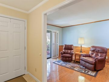 1142 Rivergate Drive #15, Lodi, CA, 95240,