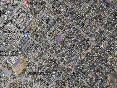 12402 Woodlawn Avenue, North Tustin, CA, 92780,